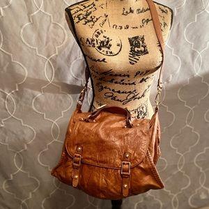 Gorgeous Treesje Leather messenger bag